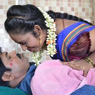 Ammayi Aaruguru Movie Stills