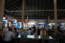 Nang Loeng Market- our lunch spot on day 2- not a tourist in site.