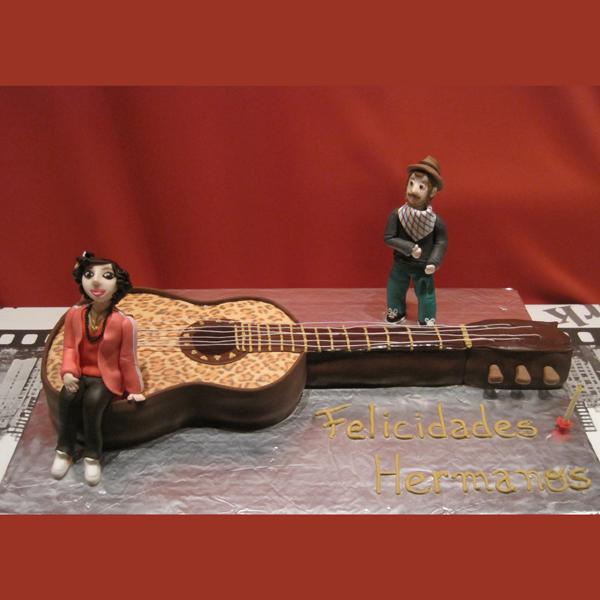 tartas decoradas, tarta guitarra, cumpleaños