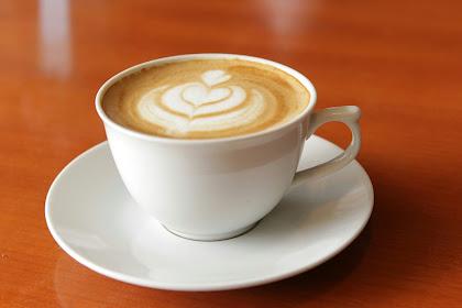 Kapan waktu yang tepat untuk minum kopi