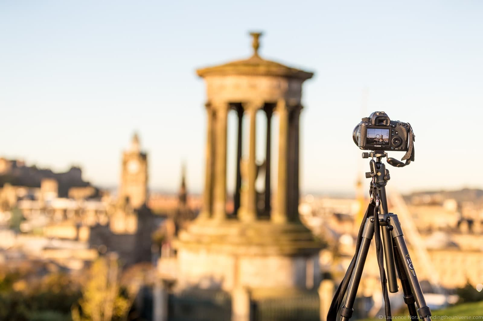 [Calton+Hill+Edinburgh_by_Laurence+Norah-3%5B4%5D]