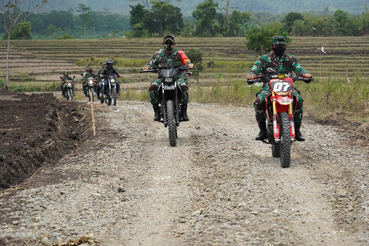 Kasdam IV/Diponegoro Jajal Trek Kalinusu, Brebes