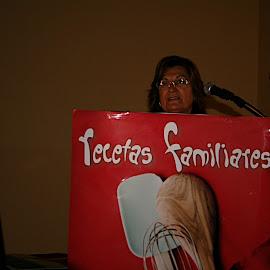 """Presentación libro """"Recetas Familiares"""" de Victoria Álvarez"""