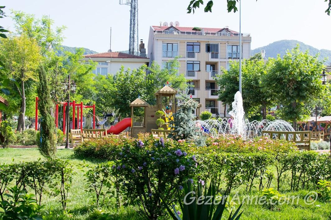 Amasra Sefa Park'taki oyun parklarından biri