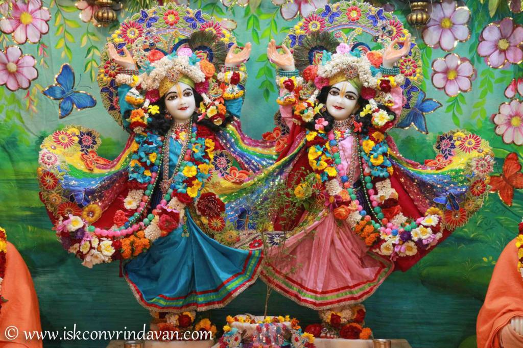 ISKCON Vrindavan Sringar Deity Darshan 26 Feb 2016 (18)