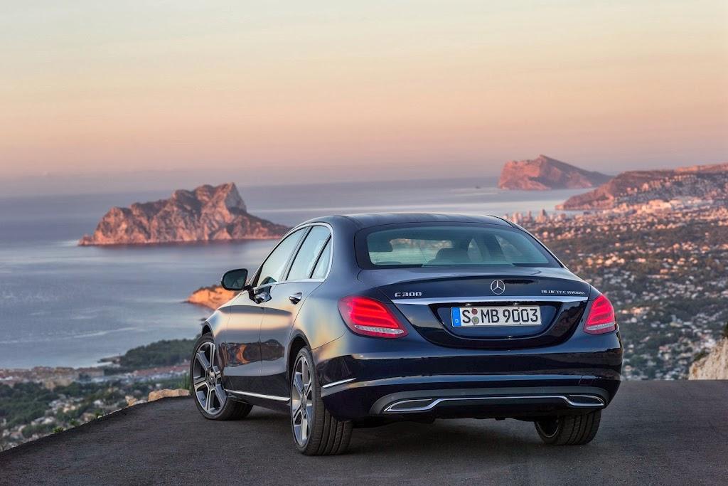 2014-Mercedes-C-Serisi-10