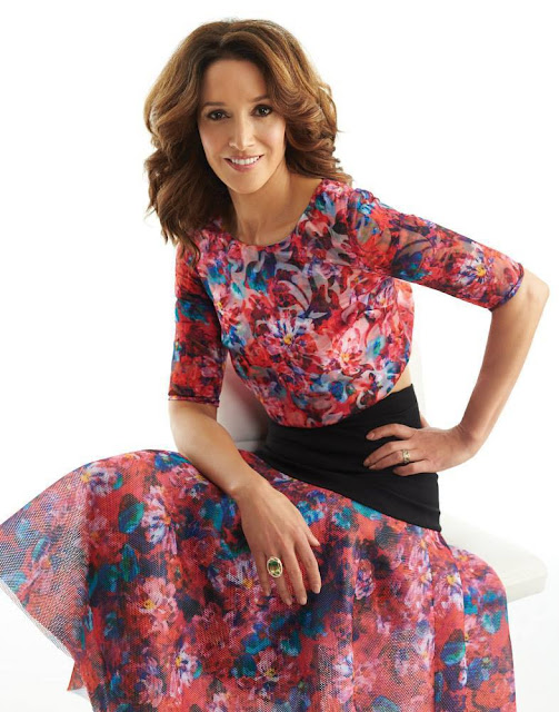 Jennifer Beals Profile pictures, collection for whatsapp, Facebook, Instagram, Pinterest, Hi5.