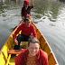 In Pokhara maken we een boottochtje op het Phewa tal