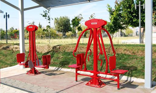 Proyecto de gimnasio exterior ud dif san juan del r o - Mobiliario de gimnasio ...