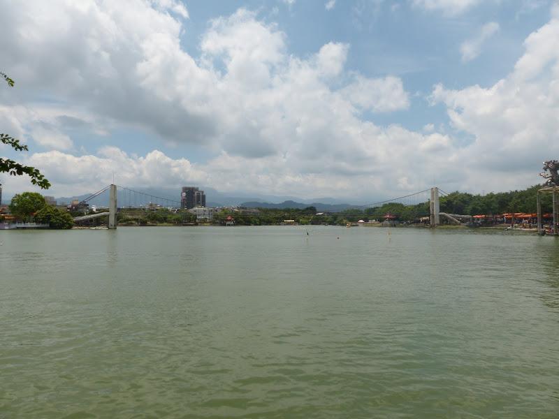 Dragon boat festival à Longtan ( Taoyuan) - dragonboat%2B052.JPG