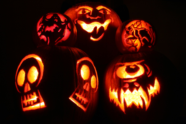 Happy Halloween 21, Halloween