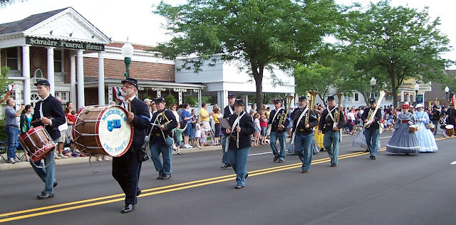 5th MI Regimental Band parades down Main Street of Plymouth MI