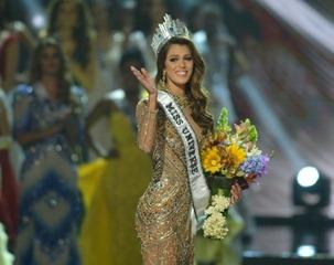 Miss Univers 2017 Iris Mitenaere