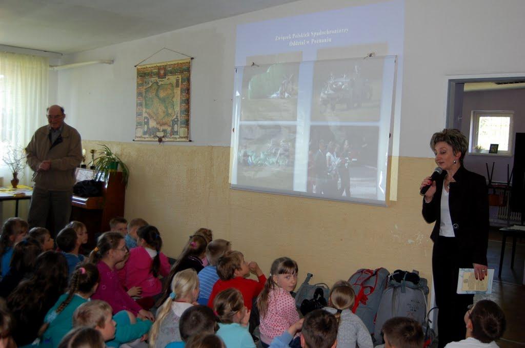 Lekcje żywej historii w gminie Lubasz - DSC_0063.JPG