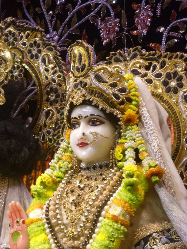 ISKCON Bhaktivedanta Manor Deity Darshan 16 Dec 2015 (18)