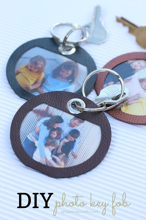 DIY Photo Key Fob at GingerSnapCrafts.com #DIY #madewithCricut
