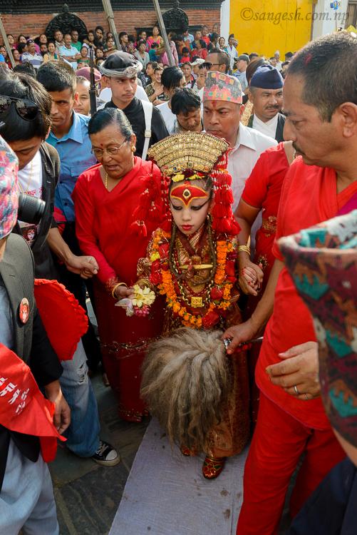 Kumari, Walking, HIndu, Festivals, Nepal, Kathmandu
