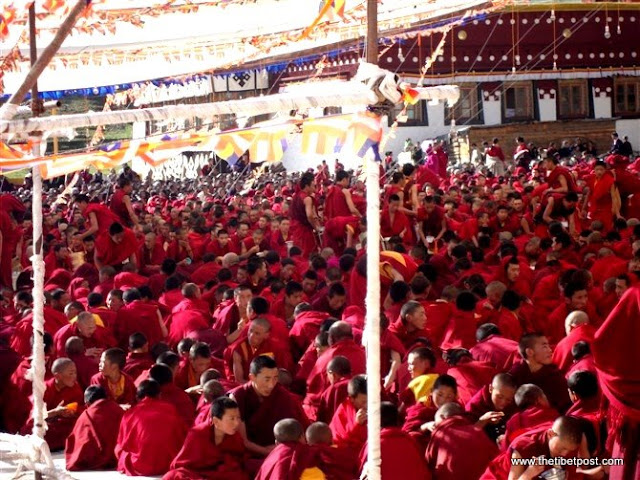 Massive religious gathering and enthronement of Dalai Lama's portrait in Lithang, Tibet. - l34.JPG