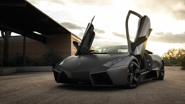 2008-lamborghini-reventon-auction (1)