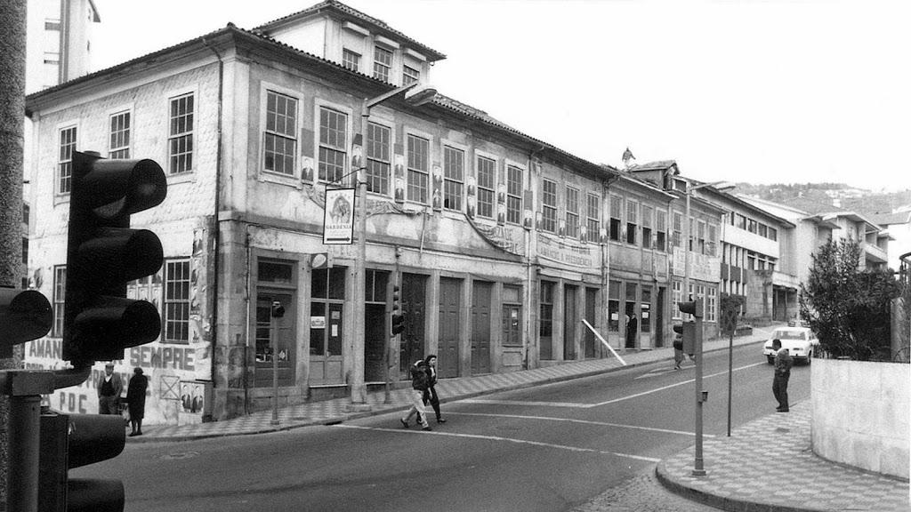 Avenida 5 de outubro( Fausto Parreira )