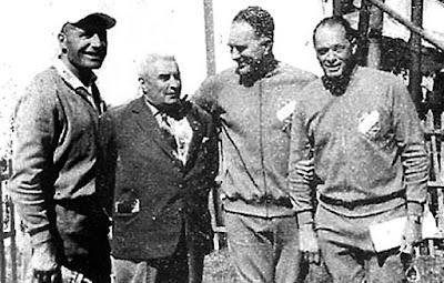 Entraineurs équipes de France 1964 :1) Ernest CHERRIER 2) Georges DEMAISON (représentant FFSA) 3) Jean TARCHER 4) Pierre SAUVESTRE