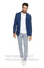 MARCIANO Man SS17 009.jpg