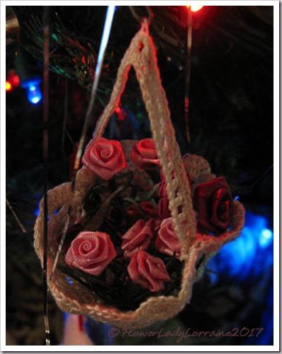 12-16-basket-roses