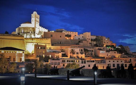 Dalt Vila Eivissa.jpg