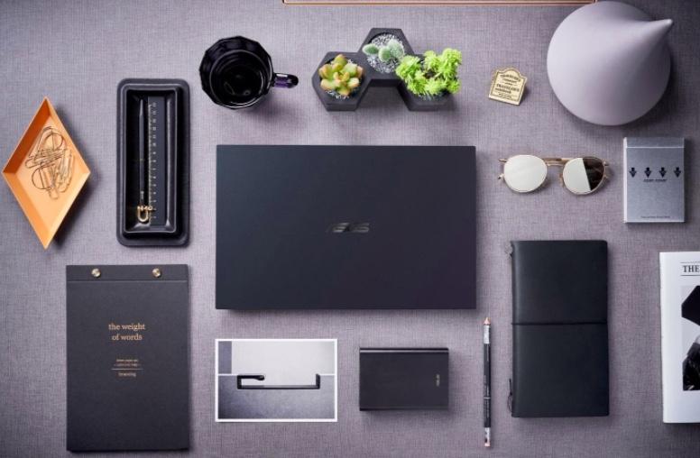 Asus ExpertBook B9400, Laptop Bisnis Bertenaga Intel Core 11th Gen Baterai Tahan 20 Jam