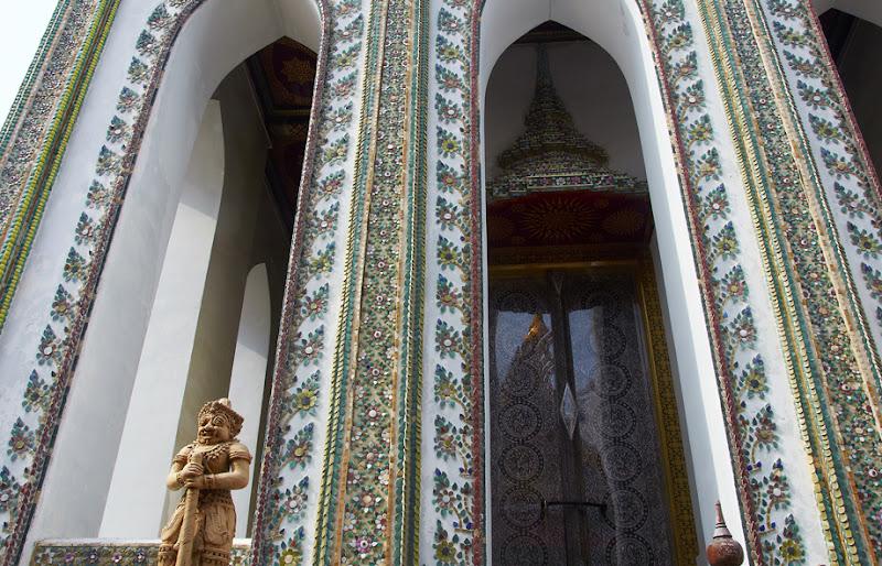 Temple of Emerald Buddha (Wat Phra Kaew) - 3. Bangkok