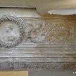 Hôtel de la Porte : vestibule sculpté (plafond)