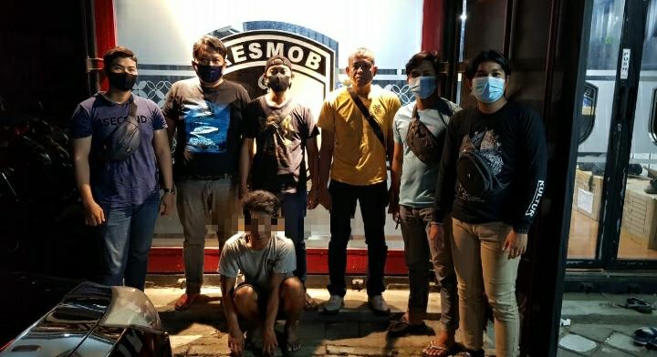 Polisi Bekuk Pelaku Pencurian Emas Batangan Di Makassar