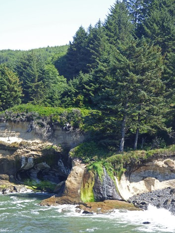 Marcia's Waterfall, Boiler Bay State Scenic Viewpoint