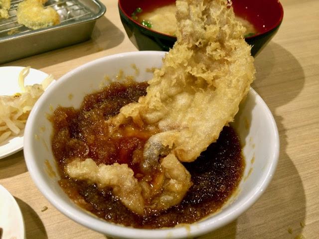 豚肉の天ぷらをダシ汁につけてみた