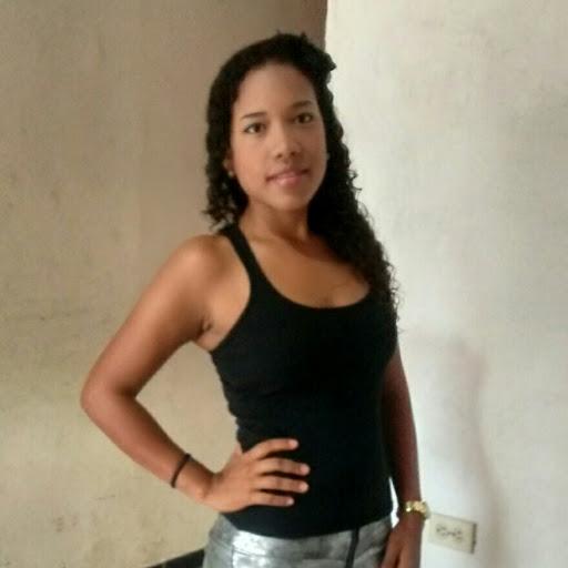 Diana Medrano Photo 19