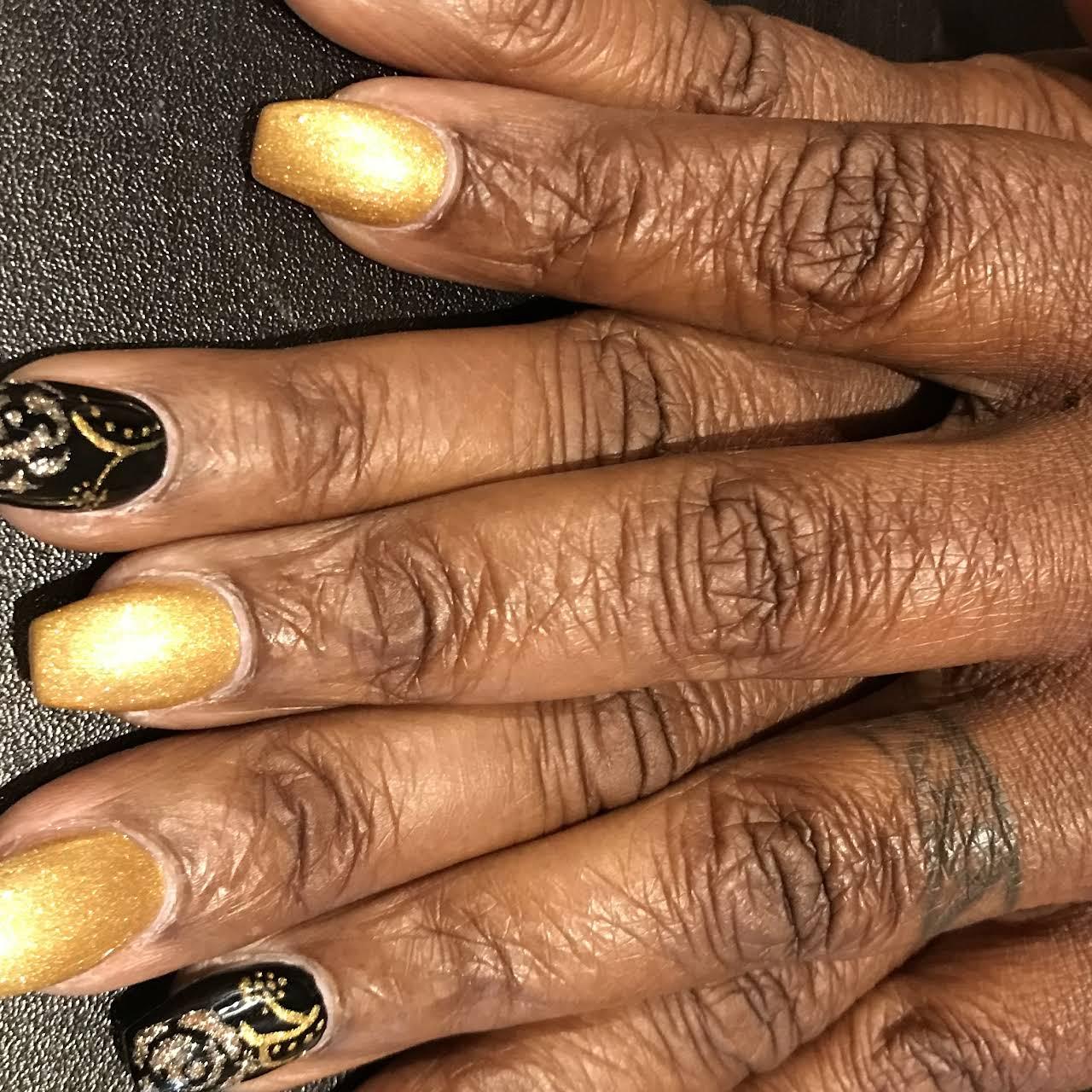 Lux Nails Organic Spa - Nail Salon in Farmington Hills