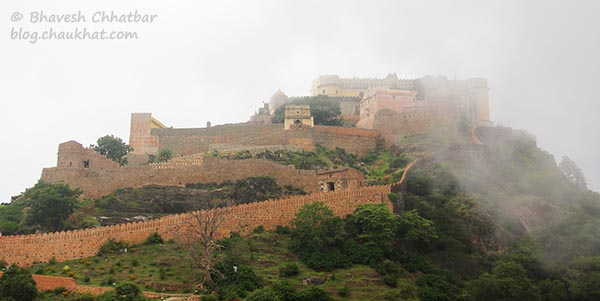 Kumbhalgarh Fort covered in the clouds