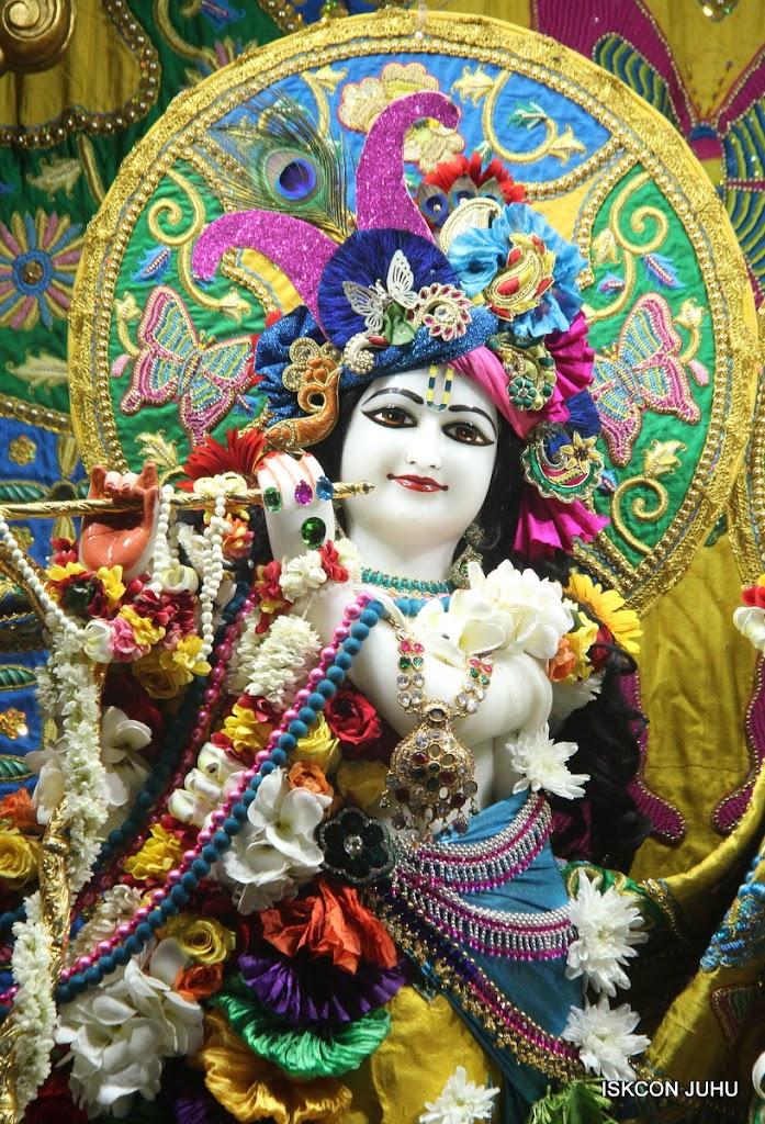 ISKCON Juhu Sringar Deity Darshan on 26th June 2016 (6)