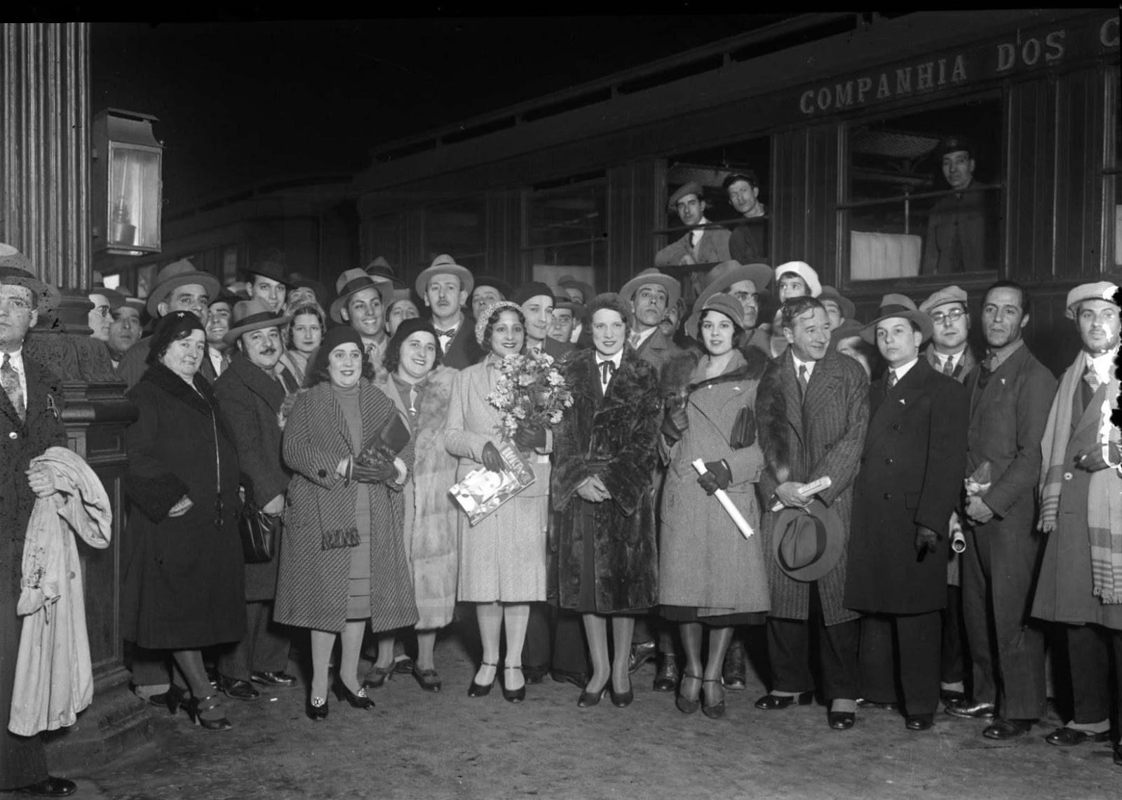 [1931-Partida-dos-artistas-para-Paris%5B1%5D]