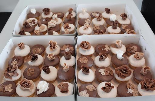 816- Cupcakes.JPG