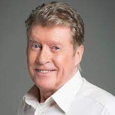 Michael Crawford  Net Worth, Income, Salary, Earnings, Biography, How much money make?