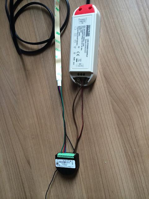 Connexion%25201 A relire : Meuble Ikea + RGBW + Led