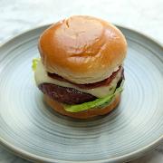 Angus Burger with Brioche Bun