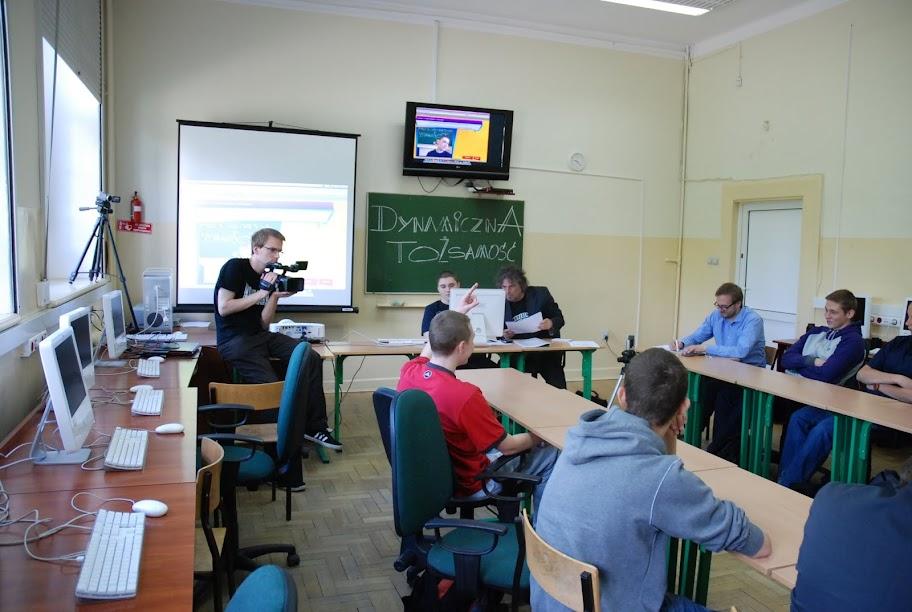 Warsztaty dla uczniów gimnazjum, blok 5 18-05-2012 - DSC_0197.JPG