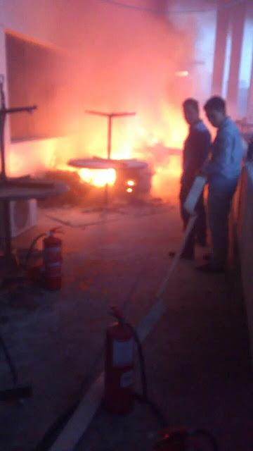 Keadaan sebelah dalam banguan PDRM terbakar