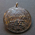 amulet15.jpg