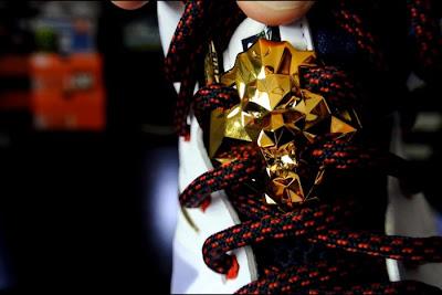 nike lebron 10 gr usa basketball 12 08 Video Review: Nike LeBron X USA Basketaball Gold Medal
