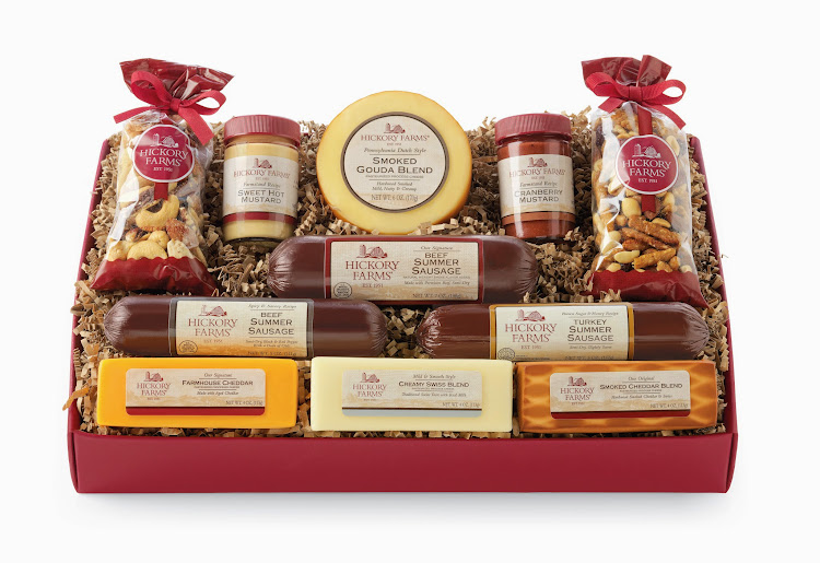 Create holiday traditions with Hickory Farms' Signature Party Planner Gift Box