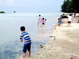 family trip pulau pari 140716 Fuji 038