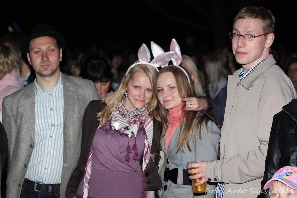 27.04.11 Katusekontsert The Smilers + aftekas CT-s - IMG_5714_filtered.jpg